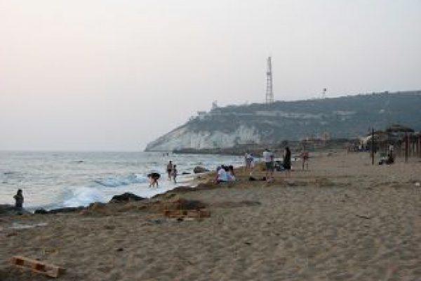 bezet beach